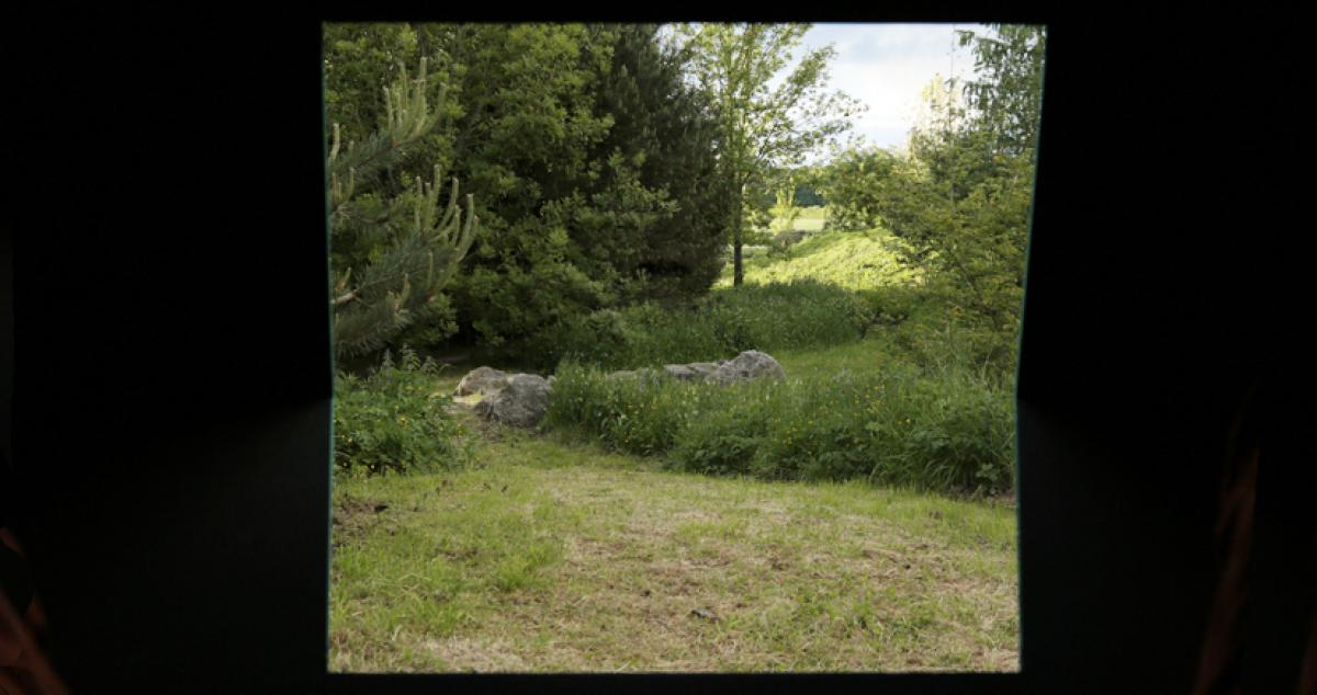 Paysage cadré depuis la capsule 2 au Parc de la Poultière à La Guéroulde